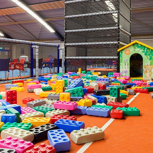 Binnen spelen bij Indoorpretpark Maassluis